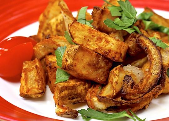 Spicy baked home fries by Laura Theodore