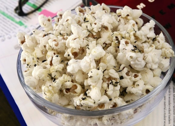 Stovetop Herb Popcorn from Thug Kitchen