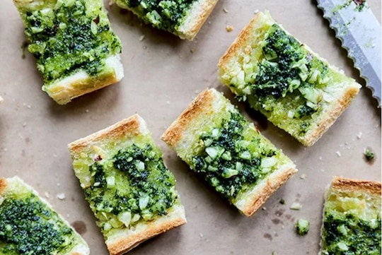 Kale pesto on garlic bread