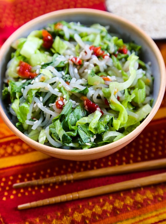 Cold Shirataki Noodles with Lettuce and Chili Sauce