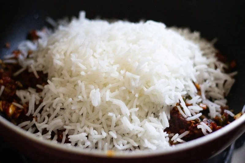 rice added in the pan