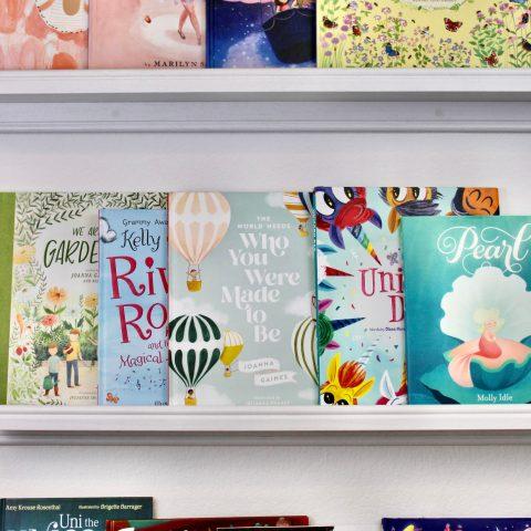 book display shelf