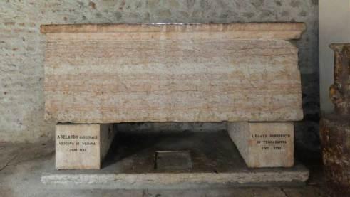 sarcofago-adelardo-vescovo-verona.1024