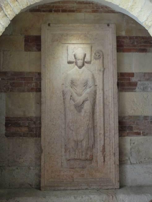 vescovo-bonincontro-sigillo-sepolcrale.1024