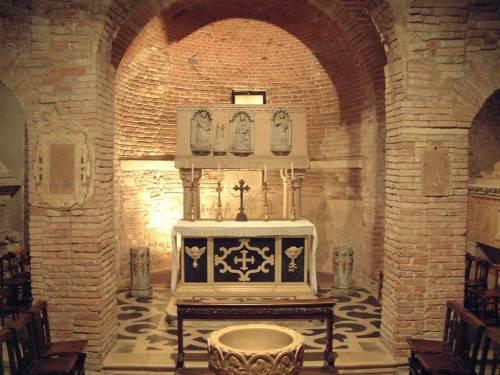 verona-altare-sacello-s-teuteria-e-tosca.1024