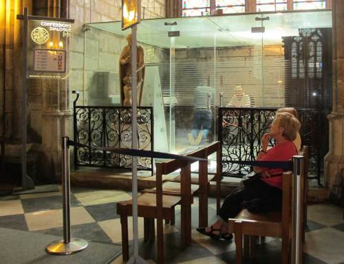 confessionale-notre-dame.1200