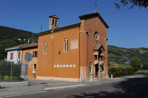 poiano-chiesa-altarol-2012