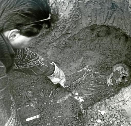 Verona: scheletri umani trovati durante gli scavi per il sottopasso di Porta Palio nel 1990