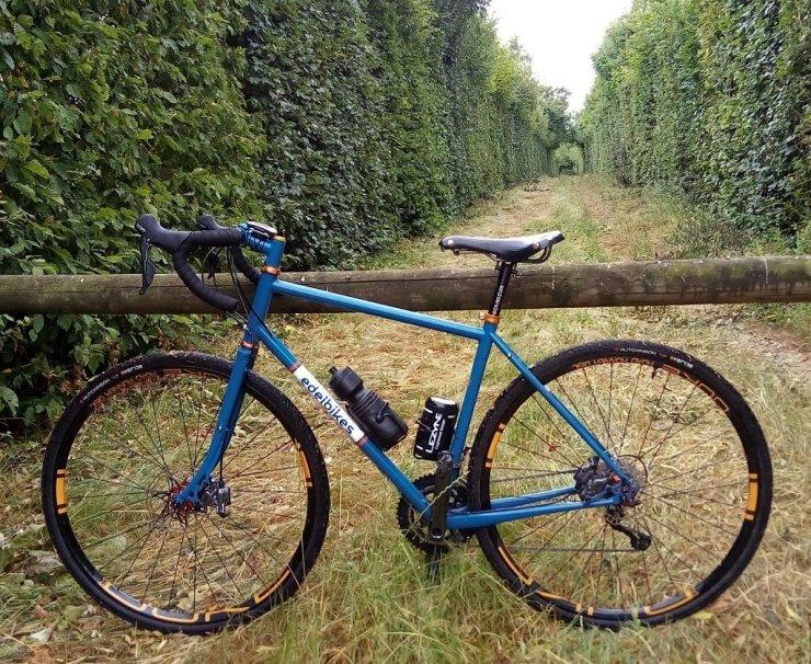 gravel bike edelbikes cadre acier columbus life et zona veloacier