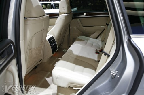 small resolution of 2011 volkswagen touareg hybrid interior