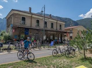 Umgebaute Station auf dem Bahntrasseeradweg in Chiusaforte im Val Canale. | © 2018 Dominik Thali