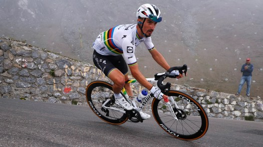 VN news ticker: French name support riders for Julian Alaphilippe, Patrick Lefevere causes stir again