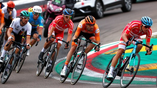 VN News ticker: Denmark's star-studded worlds roster, Vuelta a España 2022 to start with Utrecht TTT