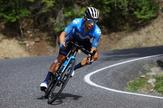 Report: Coach of Miguel Ángel López says Movistar ordered him to stop pulling
