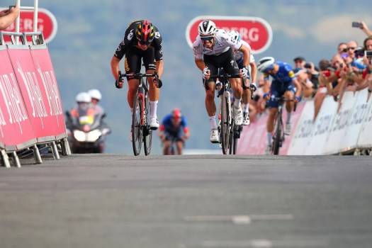 Wout van Aert and Julian Alaphilippe set benchmark for road worlds with Great Orme duel