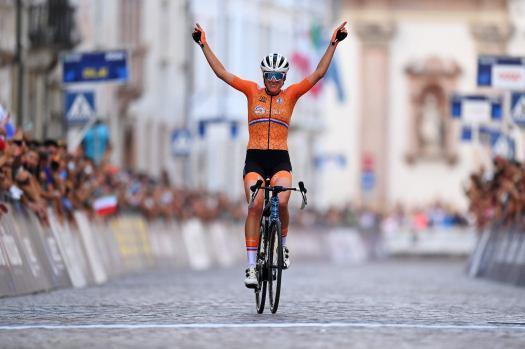 European championships: Ellen van Dijk goes solo to score road race title