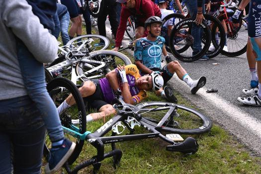 VN ticker: Four-month suspended sentence for 'Opi-Omi' fan at Tour de France