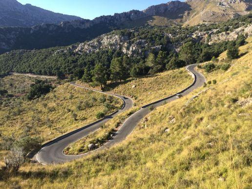 Der Weg hoch zum Coll dels Reis