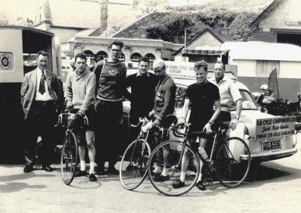 Jimmy (front, second right) with the GB team.