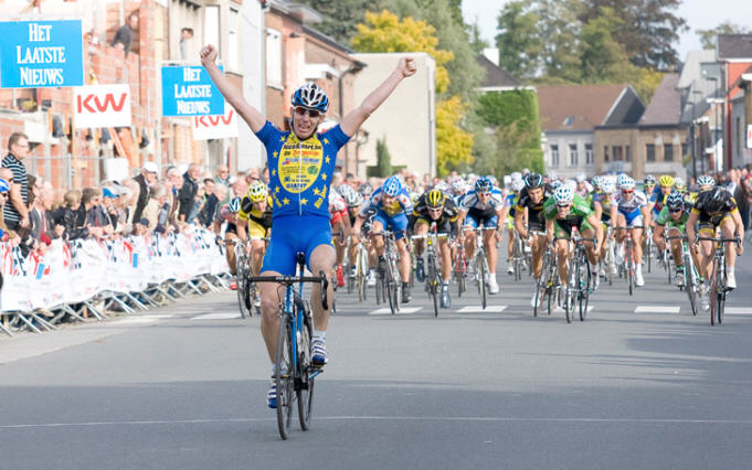 Mario taking the win at Tielt in September.