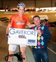 Claudio Imhof happy with 1000Kr for winning the sprint.