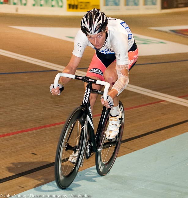 Marcel Barth showing signs of wear and tear at Copenhagen from an earlier fall during a madison.
