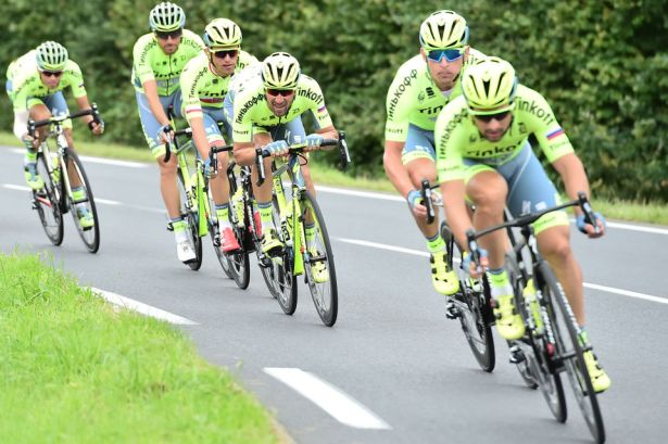 Tinkoff were also keeping Bert safe, as much as possible. Photo©ASO/A.Broadway
