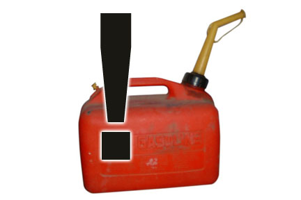 Image of gas container and exclamation mark to show warning about what to do when filling portable gas containers