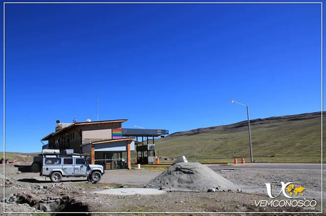 Pernoitamos a 4.300m de altitude, ainda nos Andes