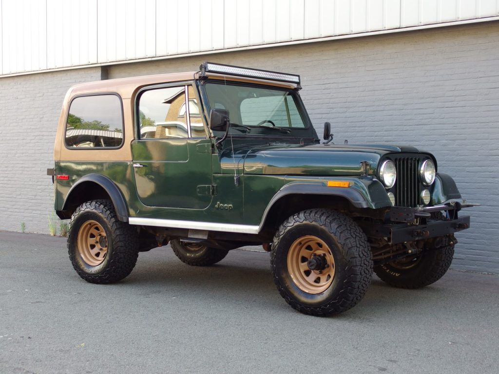 hight resolution of jeep cj7 v8 1978 strong runner perfect body