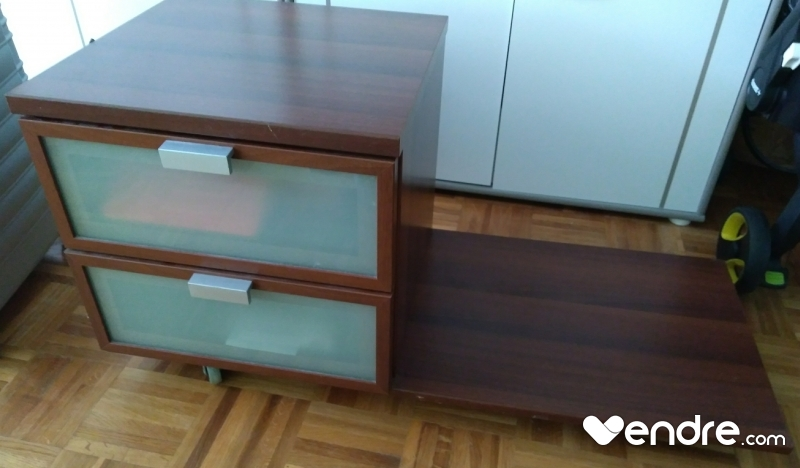 2 Tables De Chevet Acajou Ikea Hopen