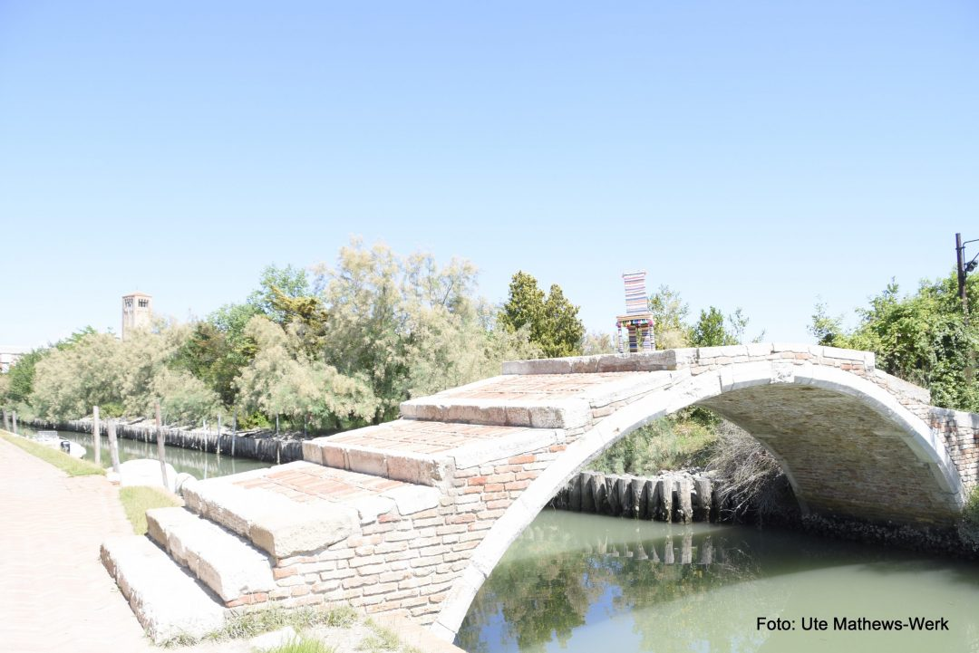 Venedig, Insel Torcello, Brücke ohne Geländer