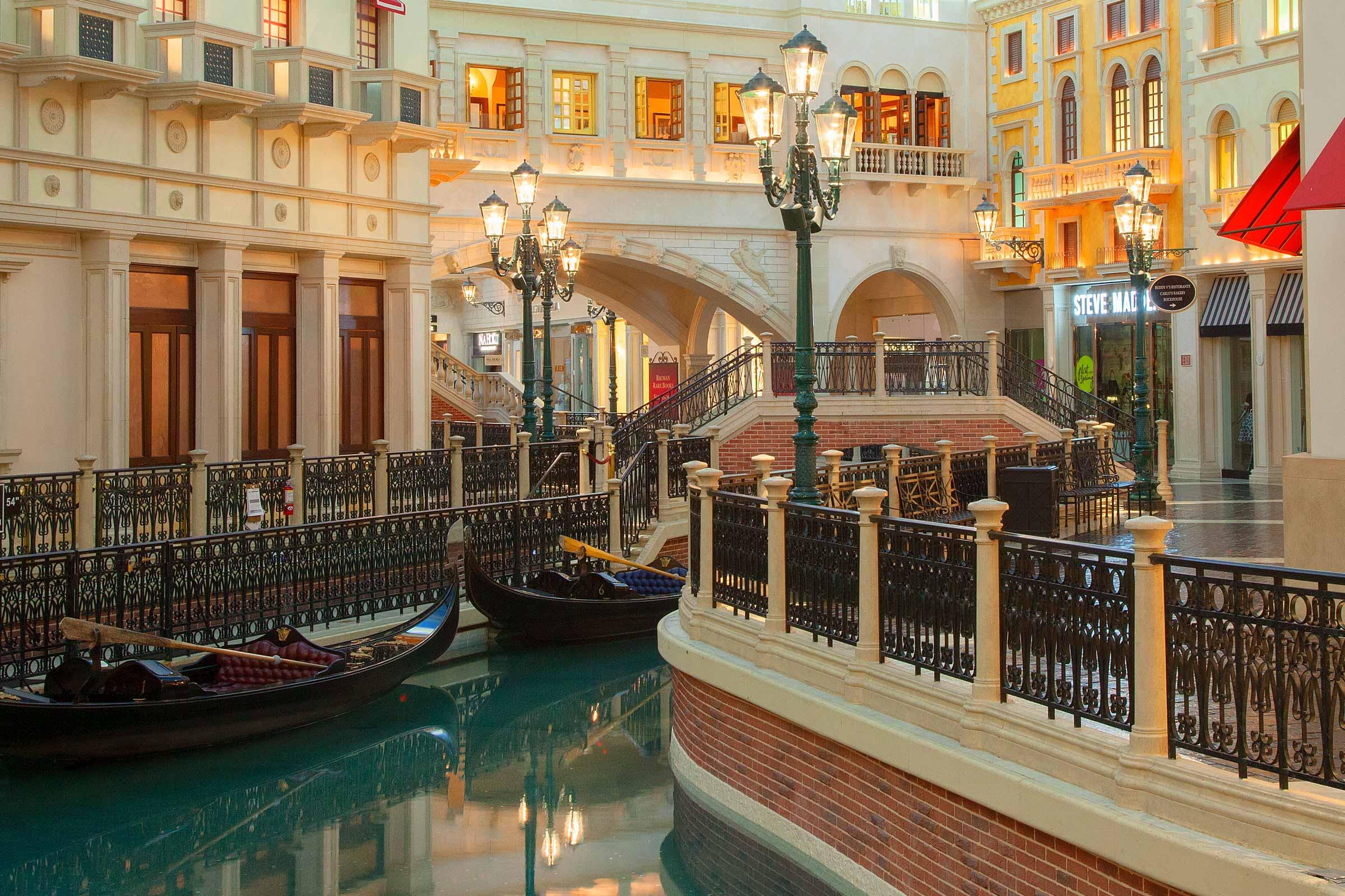The Venetian Las Vegas Gondola Rides