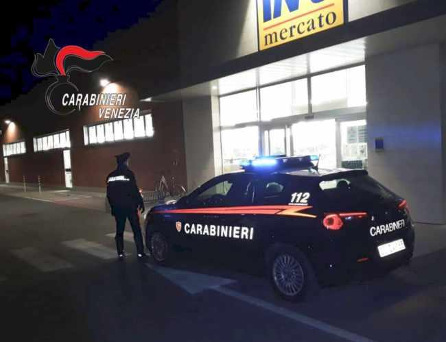 Rapina al supermercato di San Donà: un fermo