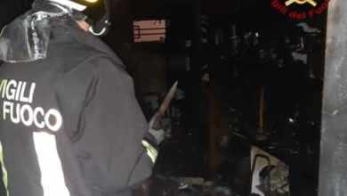 Sacca Fisola: prende fuoco un magazzino - Televenezia