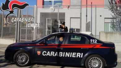 Spinea: pusher minaccia di darsi fuoco davanti ai Carabinieri