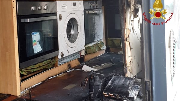 Noventa Padovana: incendio in un negozio di elettrodomestici