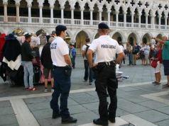 Venezia: arrestata borseggiatrice