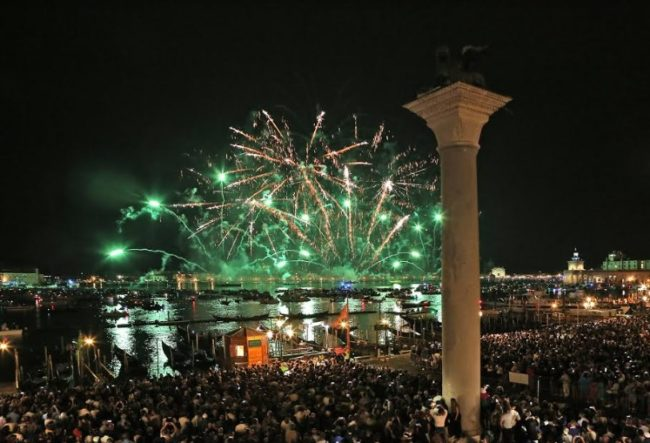 """Festa del Redentore 2019: programma della """"Notte Famosissima"""""""