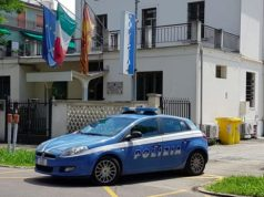 Finto poliziotto deruba un turista di soldi e cellulare: arrestato - Televenezia