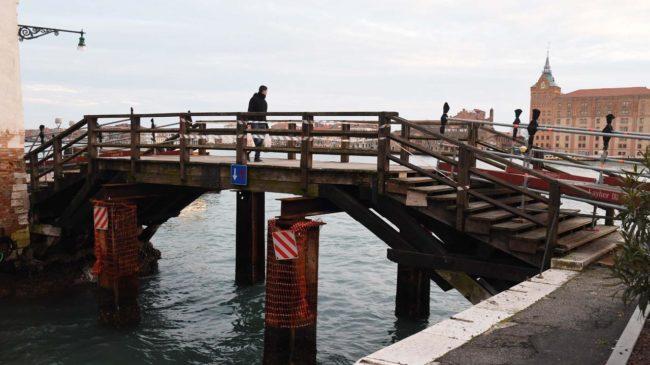 Ponte Molin chiuso alla circolazione pedonale