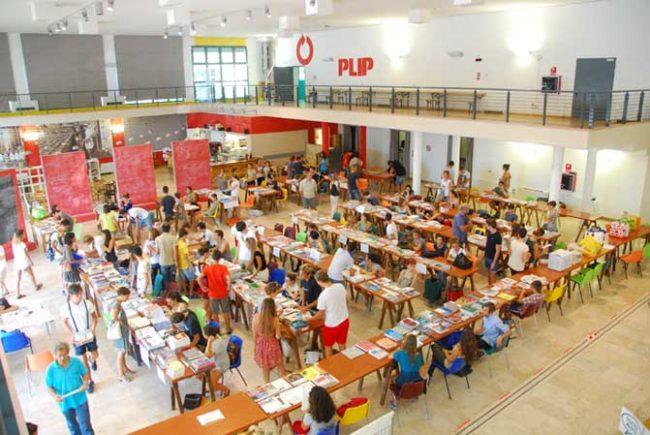 Libro contro Libro 2019: il mercatino dei testi scolastici