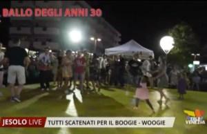 Boogie woogie: tutti scatenati in Piazza Milano