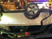Cinto Caomaggiore: auto finisce nel fossato, un morto