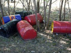 Discarica abusiva di barili d'olio esausto scoperta a Chioggia