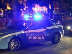 Hotel Centrale: turista ubriaco scarica un estintore addosso alla polizia