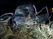 San Stino di Livenza: auto finisce in un campo, tre feriti