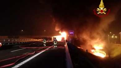 Autostrada A4: esplode tir, carbonizzato l'autista