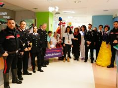 Carabinieri: regali ai piccoli pazienti dell'Angelo di Mestre