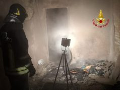 Mirano: casa distrutta dalle fiamme ma salve le persone